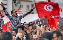 تونس.. كتاب لآسيا العتروس عن إعلام الثورة وثورة الإعلام (2من2)