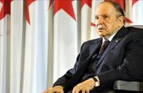 """""""الموندو"""": هل استنسخت الجزائر سيناريو التضحية بمبارك؟"""