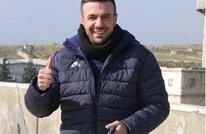 بعد رقصه بسراقب.. إصابة مراسل لتلفزيون النظام السوري (فيديو)