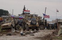 جندي روسي يحرض سوريين بالحسكة على الهتاف ضد أمريكا (شاهد)