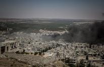 14 قتيلا بغارات على إدلب وحلب.. ومظاهرة قرب الحدود مع تركيا