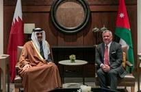 أردنيون يذبحون جمالا ترحيبا بزيارة أمير قطر (شاهد)