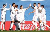 ريال مدريد يهزم فالنسيا ويواصل مطاردة جاره أتلتيكو