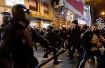 احتجاجات عنيفة في مدريد بعد يوم من اعتقال مغني راب (شاهد)