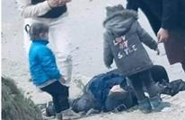 """صدمة بأفغانستان من صراخ طفلين بتفجيرات كابول: """"أمي انهضي"""""""