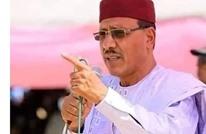 فوز مرشح من أصول عربية برئاسة النيجر (صور)