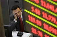خسائر البورصة المصرية تضاعف آلام صغار المستثمرين