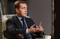 ميدفيديف يزور الجزائر.. ما علاقة ليبيا؟