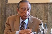 رجل الأعمال حسين سالم أكبر مستفيد من القمة الاقتصادية