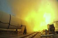 ناسا تجري أول اختبار أرضي ناجح للصواريخ الفضائية الثقيلة (فيديو)