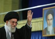 خامنئي لا يرفض الاتفاق النووي.. ولا يقبله