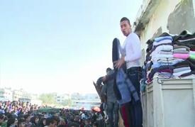 ازدهار سوق الملابس المستعملة في قطاع غزة المحاصر