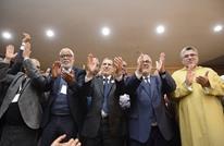 """برلمان """"العدالة"""" يمنح العثماني تفويضا مشروطا لتشكيل الحكومة"""