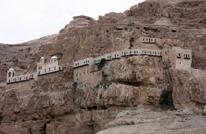 """""""دير قرنطل"""".. جبل لجأ إليه المسيح وصام فيه 40 يوما"""
