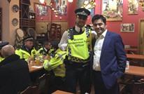 مسلم يقدم الطعام مجانا للشرطة بلندن قرب مكان الهجوم