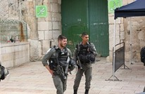الاحتلال يعتقل 5 فتيات وشابا من المسجد الأقصى (شاهد)