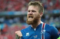ناد قطري يتعاقد مع قائد منتخب آيسلندا