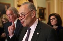 زعيم الديمقراطيين بالشيوخ يؤيد إلهان بشكل صادم وينتقد نتنياهو