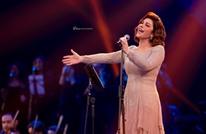 """""""أصالة"""" تدعم الممثلة المصرية """"صابرين"""" بعد خلعها الحجاب"""