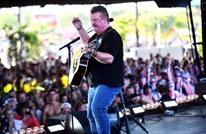 """وفاة مغني موسيقى """"الريف"""" الشهير جو ديفي بسبب كورونا"""