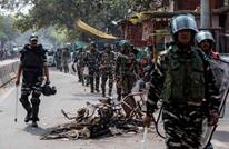 لقطات تظهر مساندة الشرطة الهندية لمتطرفين ضد المسلمين (شاهد)