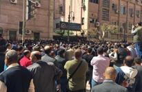 """أغنية ومقابلة مع""""كورونا"""".. كيف يواجه الإعلام المصري الوباء؟"""
