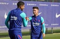 كومان يلحق لاعبا مغربيا بتدريبات الفريق الأول لبرشلونة