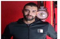 """معارض جزائري لـ """"عربي21"""": طلب تسليمي عبر الأنتربول لا يخيفني"""
