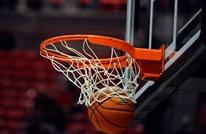 في واقعة مؤلمة.. مدرب يفارق الحياة خلال مباراة لكرة السلة