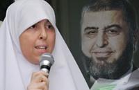 والدة عائشة الشاطر: ابنتي تمنع من العلاج ومرضها غير وراثي