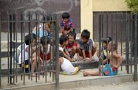 """قانون لـ""""تحديد النسل"""" في الفلبين.. والكنيسة تعارض"""