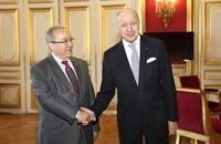 الجزائر طرف إقليمي ضمن محور مناهض لخيارات القاهرة