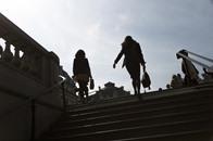 كل النساء تعرضن للتحرش بوسائل النقل في باريس