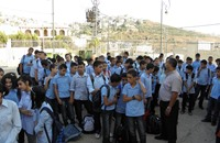 """التحقيق مع معلمين رفضوا ترديد """"يحيا السيسي"""" بطابور الصباح"""