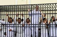 أحكام بالسجن لمدة 2000 عام على طلاب ومعارضين في مصر