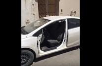 سرقة احترافية لباب سيارة بالسعودية (فيديو)