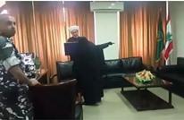 ماذا قالت زوجة الشيح الأسير لمفتي صيدا؟ (فيديو)