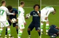 """بيكيه يعود لأفعاله """"الصبيانة"""" ويسخر من ريال مدريد (صورة)"""