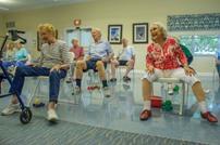 أطباء: الرياضة أفضل من الفيتامينات لتجنب سقوط المسنين