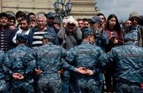 رئيس الوزراء الأرمني ينسحب من اللقاء مع زعيم الاحتجاجات