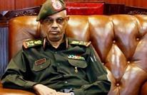 الجنرال الأقوى في السودان اليوم.. من هو عوض بن عوف؟