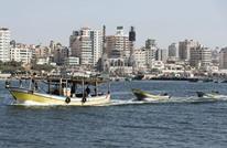 جيش مصر يعتقل 3 صيادين من بحر غزة بعد إصابتهم برصاصه