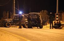 الاحتلال يشن حملة مداهمات واعتقالات بعموم الضفة
