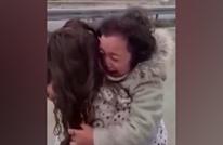 """""""غياب كورونا"""".. لقاء عاطفي بين طفلة وأمها الممرضة بتركيا"""