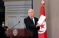 أستاذ قانون دستوري تونسي: سعيّد يمهد لانقلاب مدني