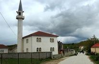 طعن خمسة مصلين في مسجد بألبانيا وتوقيف المنفذ