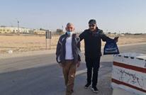عناق حار لأسير فلسطيني بعد 35 عاما في سجون الاحتلال (شاهد)