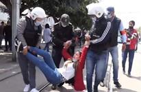 إصابات واعتقالات إثر فض تظاهرة لمعلمين بالرباط (صور)