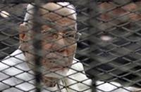 """المكتب العام للإخوان يحمل سلطة الانقلاب مسؤولية وفاة """"عاكف"""""""