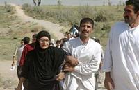 الآلاف يفرون من هجوم الحكومة العراقية على الفلوجة